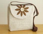 The Satchel in Pure Linen with a Handmade Flower Applique