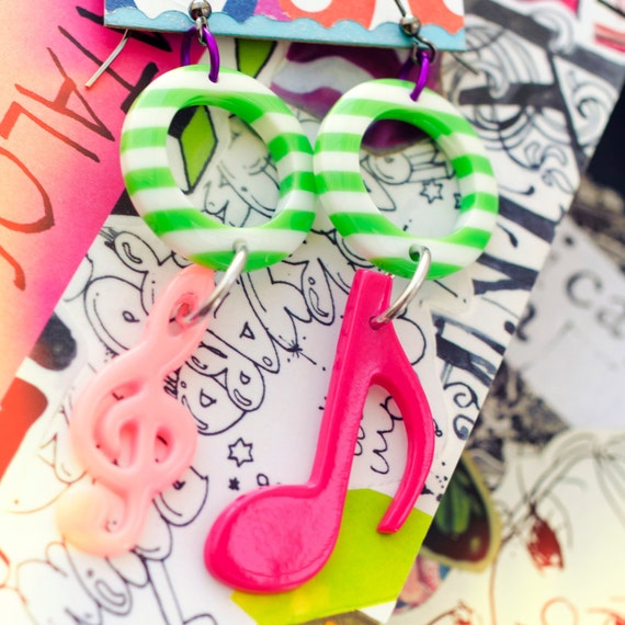 music notes pink & green stripe earrings - neon kawaii retro kitsch