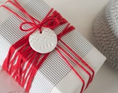 XOXO with Chevron Stripes : Small Round White Birthday or Holiday Gift Tag (quantity 6)