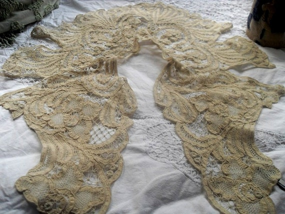Antique Battenburg  Lace Collar Exquisite  Wedding Quality Ecru