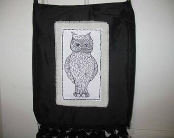 Exquisite Owl Satchel