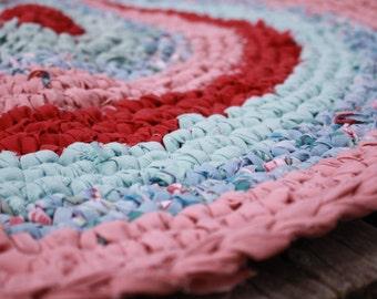 "Crocheted  Rag Rug 25"" Round  Burgandy Rose Teal"