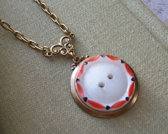 Cute As A Button, Vintage Glass Button Necklace