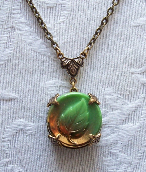Beechwood Leaf, Vintage Glass Button Necklace