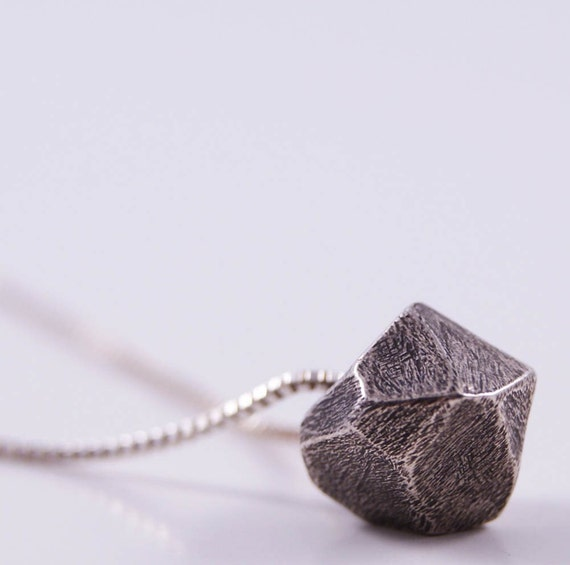 little faceted necklace - oxidized silver