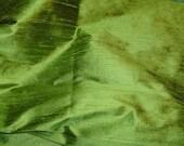 Fiber Arts - Fabric Fancies - 100 o/o Dupioni SILK - crisp tart APPLE GREEN