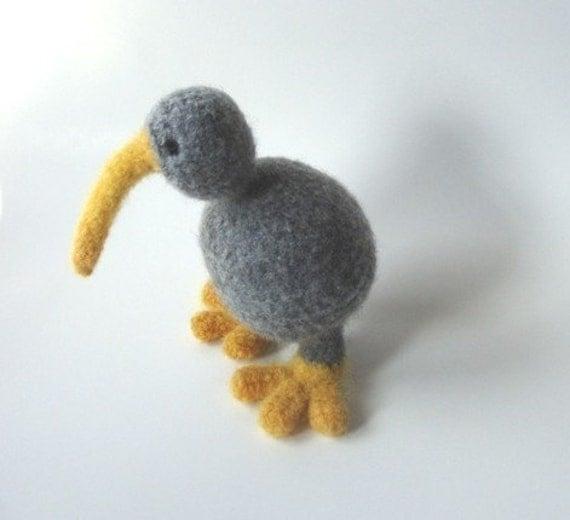Amigurumi Kiwi Bird Pattern : Items similar to PATTERN PDF -Crocheted And Felted Kiwi ...