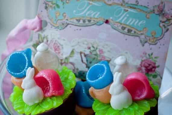 Alice in Wonderland, Soap Favor, Rabbit Soap, Alice Party, Birthday Party, Shower Favor, Tea Time, Wedding Soap, Kids Soap