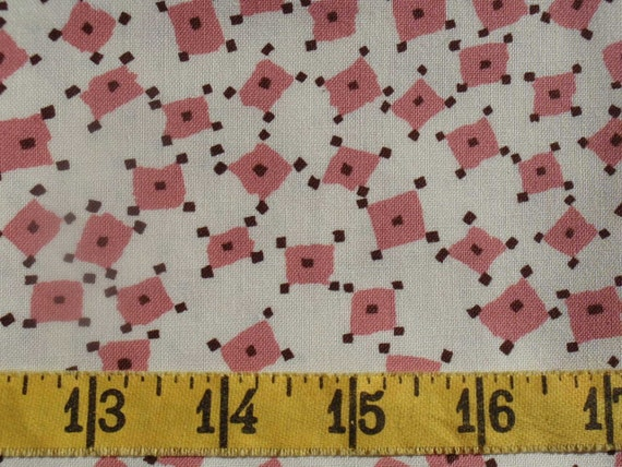 Funky Wavy Pink Rectangles Fat Quarter