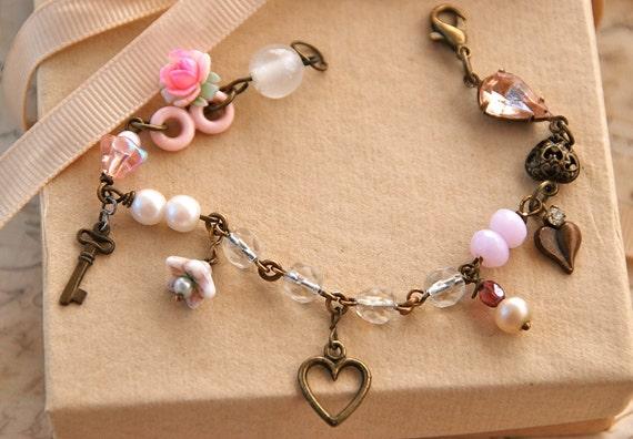 my heart.vintage beaded charm bracelet. tiedupmemories