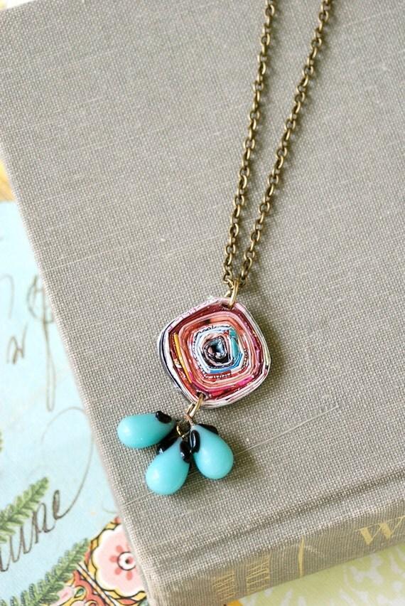 Blue beaded bohemian necklace. Tiedupmeories