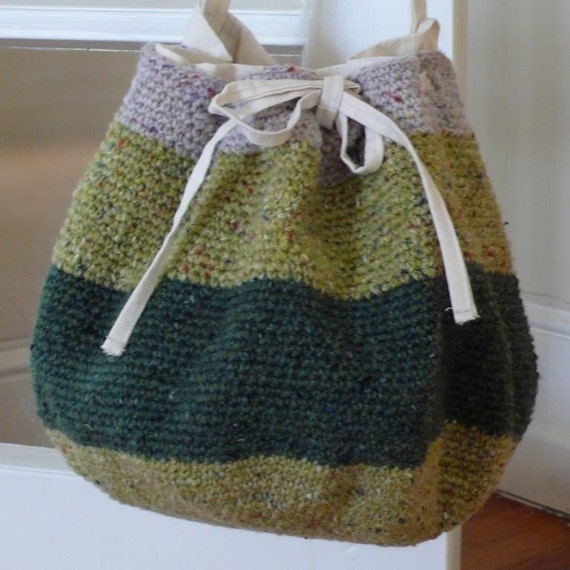 Crochet Round Pouch : Round Crocheted Project Bag Pattern by SoubretteArt on Etsy
