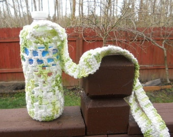 Crochet bottle holder, crochet bottle carrier in shades of green