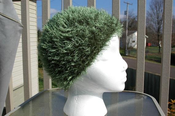 Cro Wig in Dark Green Adult