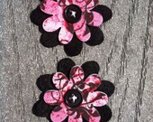 Pink black Poshe Thicker Bonded Flowers Set of 2 Fabric Felt Appliques Flowers for Hair Clips 2 inch size