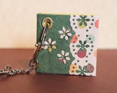 Key ring journal . floral design on green - a handy little journal