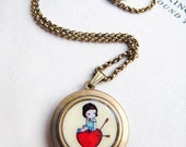 Delicate Round Art Locket -The prey-  A10