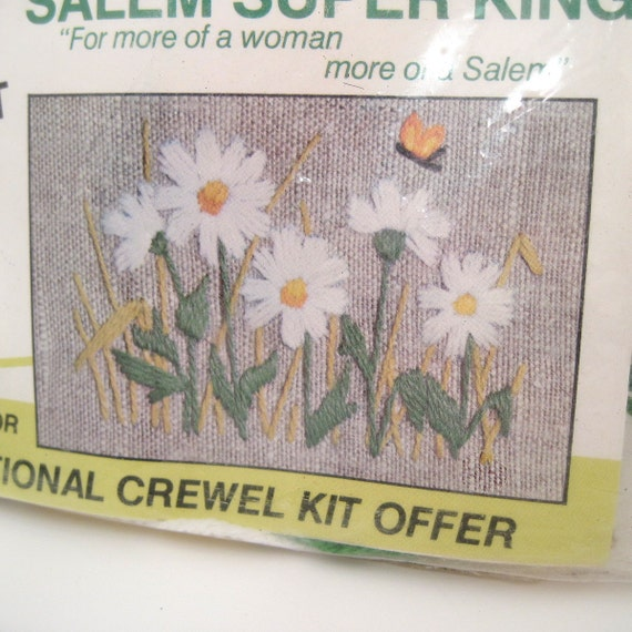 Mini Crewel Embroidery Kit - Vintage Crewel Kit - Daisy Crewel Kit