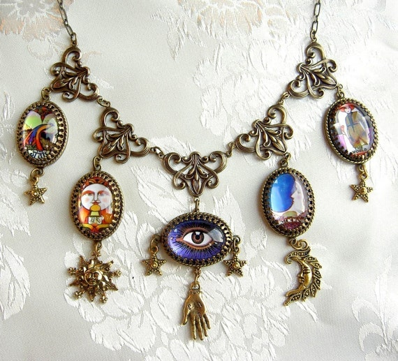Carnivale Mystickal - The Necklace and Earring Set