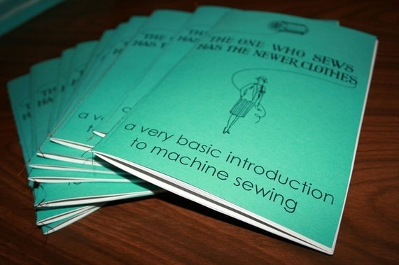 An Introduction to the sewing machine - zine - wholesale 10 pack