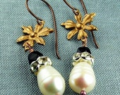 ASTRID Mata Hari White Baroque Pearls and Black Glass Boho Chic Earrings
