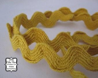 5 Yards -  Mustard Yellow - Jumbo Rick Rack - Ribbon Trim