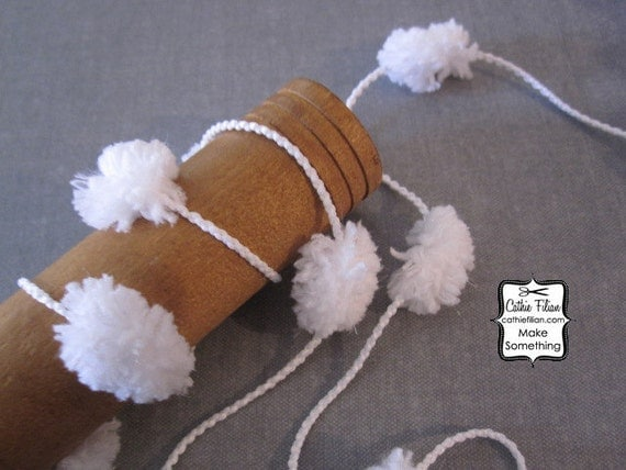 Pom Pom Trim - Sparkle White - 8 Yards - Pompom Ball Fringe - Gift Wrapping - Banner - Garland