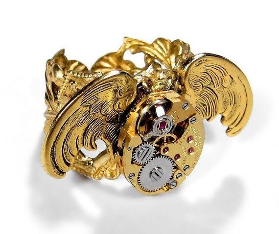 Steampunk Womens Ring Vintage GOLD Watch Owl Wings Adjustable Filigree Band Womens Owl Bird Ring Watch Ring GORGEOUS - Jewelry by edmdesigns