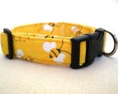 Custom-fit Yellow Bumble-Bee Print Dog Collar