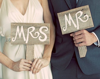 Mr and Mrs Signs Photo Prop Eco Wedding Decor. Country Weddings. Hand Held Signs Just Married Sign
