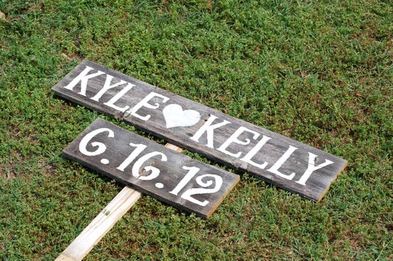 Names and Date Sign Wedding Signs LARGE FONT With A Stake. Reception Decorations Wooden SIgns Rustic Wedding Signs