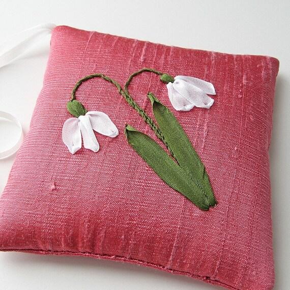 Snowdrops Lavender Sachet silk ribbon embroidery