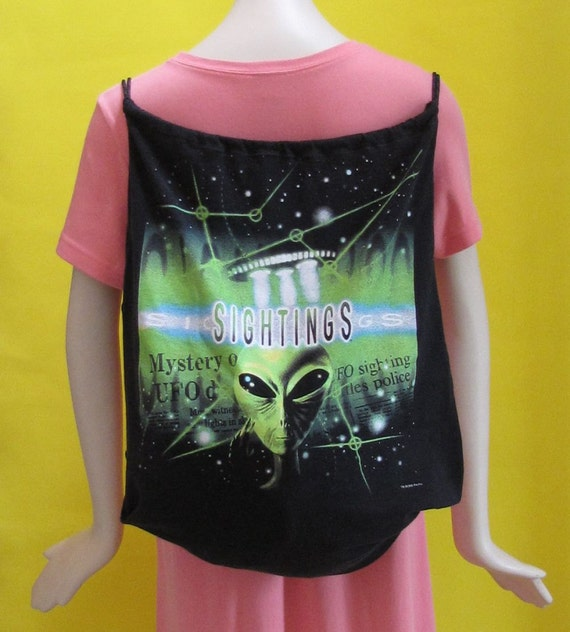 UFO Drawstring T-Shirt Backpack by Fashion Green T Bags