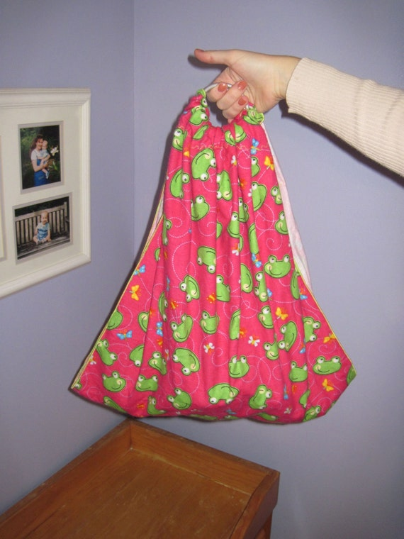 Midwifery Sling for weighing newborn - photo prop- Hot pink w frogs