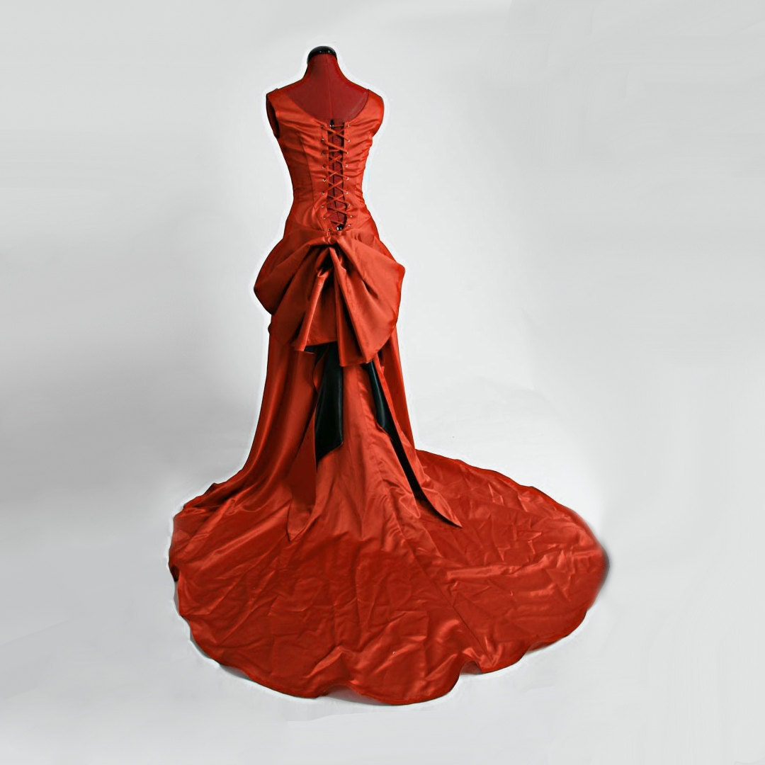 Moulin Red Smoldering Temptress Satine Gown by Deconstructress