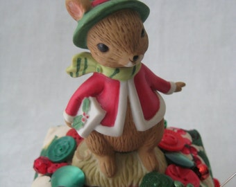 CHRISTMAS PINCUSHION Vintage Mouse Figurine