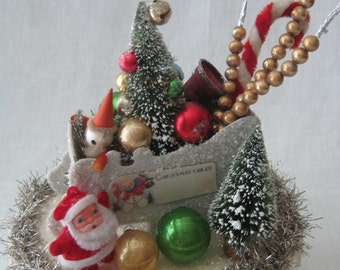 CHRISTMAS ASSEMBLAGE Santa in Sleigh Vintage Winter Christmas Vignette BOX Decoration Diorama