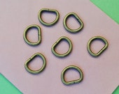 FREE SHIPPING--40 of 1/2 inch Unwelded Anti Brass D-Rings