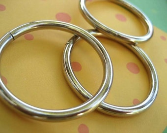 FREE SHIPPING--50 of 1 1/2 inch Non-Welded Silver/Nickel O-Rings