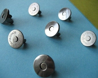 FREE  SHIPPING -- Extra Thin 100 sets of 18 mm Gunmetal/Dark Nickel Magnetic Snap Closures