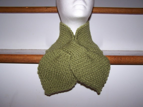 Knitted Lotus Leaf Scarf Stays Put-Amazing Look to keep you