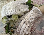 Exquisite Irish Handmade White Crochet Cotton Lace Gloves Bridal