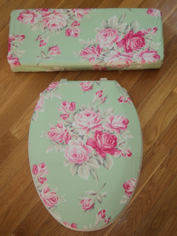 Pink Roses on Green.. Toilet Seat Cover Set