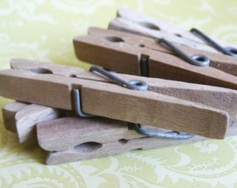 Vintage Clothes Pins- Set of 10