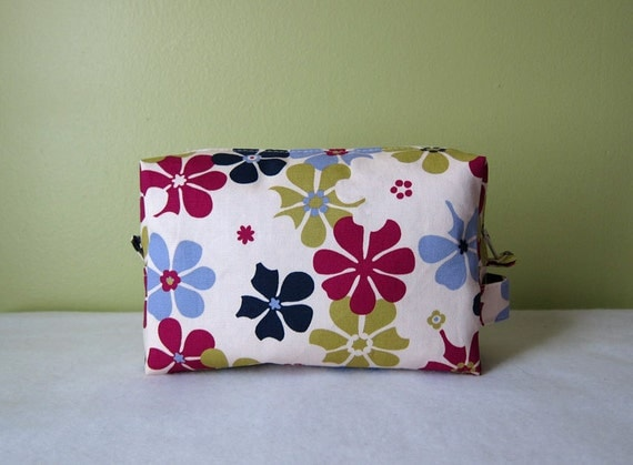 Medium Box Pouch --  Cosmetic bag in Japanese designers fabric