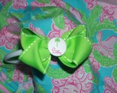 NEW LILLY PULITZER preppy skinny headband white with green and m2m lilly button embellishment