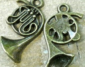 Tuba, French horn, antiqued bronze   charm pendant quantity 4    tu16