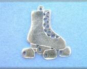 charm pewter Roller Skate Pendant  one  charm  wv316