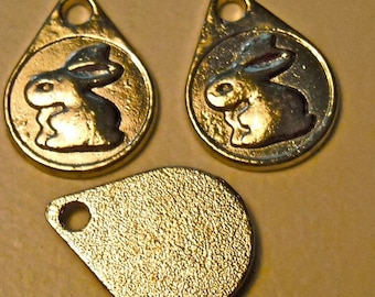 rabbit bunny charms silver dangle bead charm  jewelry findings   quantity  three  measures 19x14mm (DRW93)