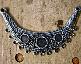 2 Large Necklace Blank, Bezel  CRESCENT, HALF MOON pendant drop, finding, connector  13 hole with two connection holes  sew200